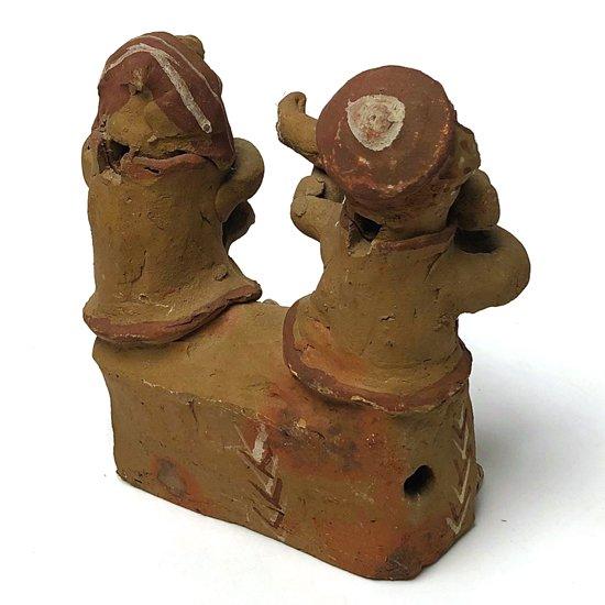 1960年代頃ペルーで作られた陶器のフィギュア