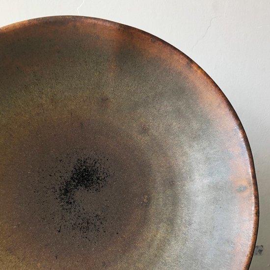 アメリカ生まれの陶芸家 ハービー・ヤングさん(1945-2015)の鉄釉大鉢