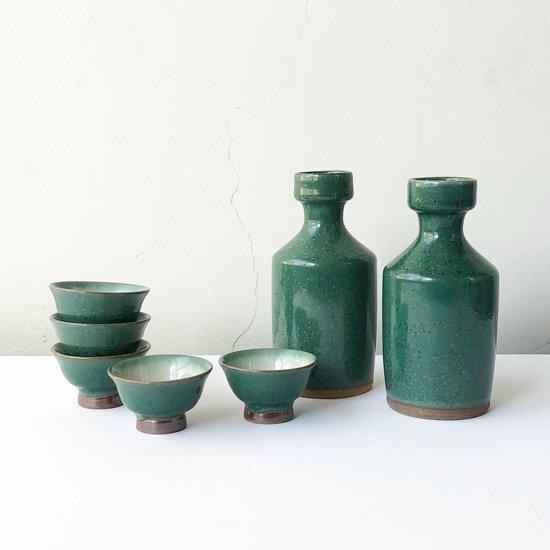 吉田璋也らと共に新作民藝の制作に貢献した鳥取の民窯 中井窯 の古作、青釉酒器揃