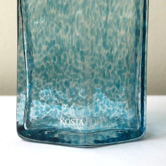 スウェーデンのガラスメーカー Kosta Boda で Bertil Vallien が手がけたコレクションシリーズのベース