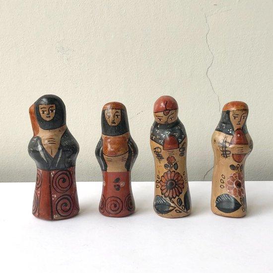 メキシコのトナラで作られた古い陶器のナシミエント