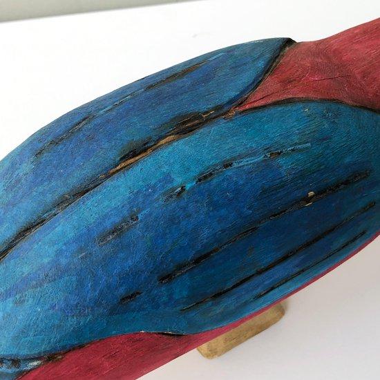 エクアドルで1970年代に作られた大きな木彫りの鳥