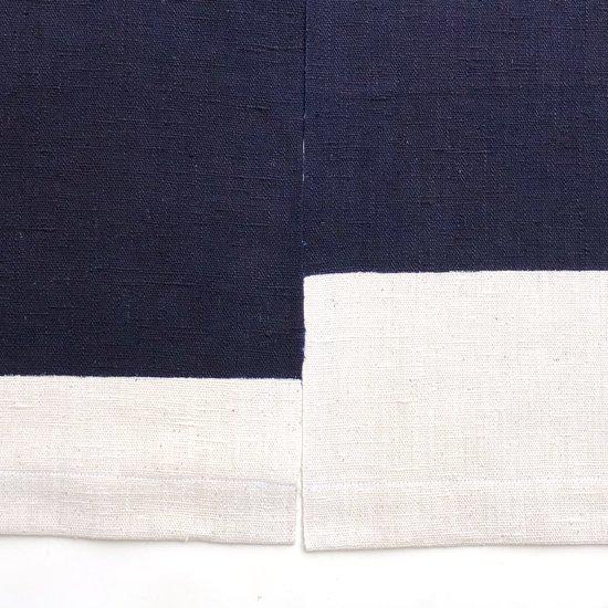 山内染色工房: のれん『山に雲5つ』/ 濃紺 × 白