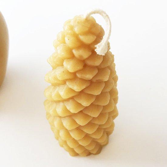 ハンドメイドの蜜蝋キャンドル