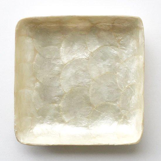 フィリピンの貝細工による、古いトレイ