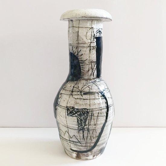 キム・ホノさんの花器