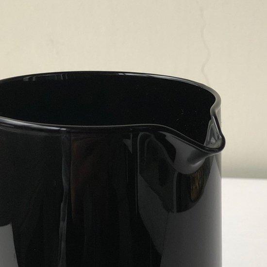 佐々木ガラスによって1980年代に製造。イタリアンデザインを意識したシリーズのピッチャー