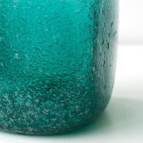 倉敷ガラスの古作、とても綺麗な佇まいのボトル