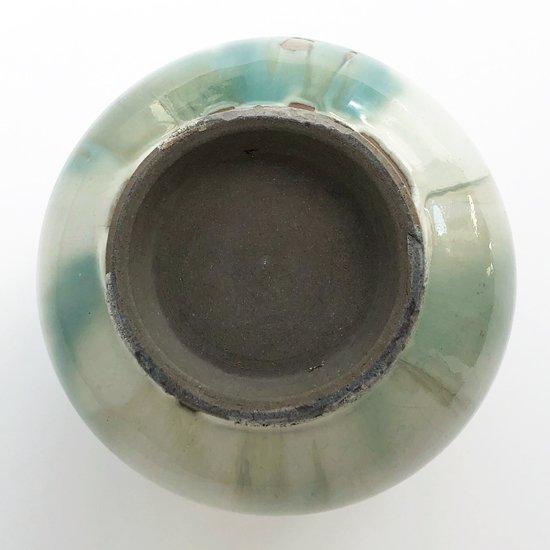 民藝と強いつながりを持つ鳥取の民窯 牛ノ戸焼の丸花瓶