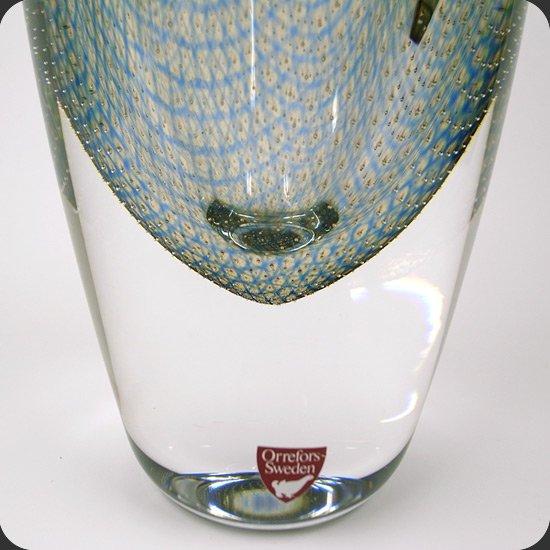 ヴィンテージ ガラス:小さな気泡が網目状の中にきれいに配置されたOrrefors社のクラーカシリーズ