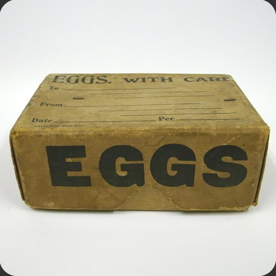 ヴィンテージアイテム:1930年代にイギリスで卵を送るためにつかわれていたボックス