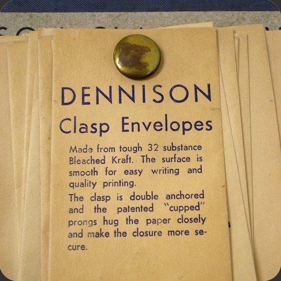 ヴィンテージアイテム:50年代のDennison社のClasp Envelopeのサンプル