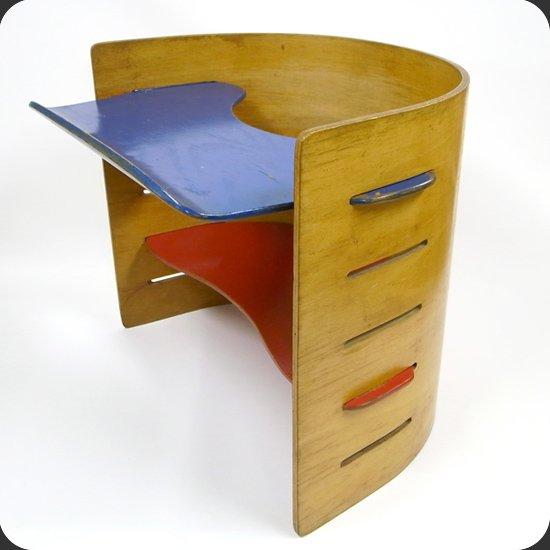 ヴィンテージ家具:クリスチャン・ヴェデル デザインのキッズチェア