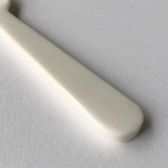 キャビアスプーン / ホワイト 持ち手部分