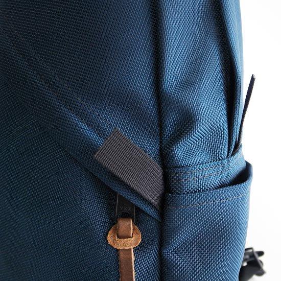 実用的なサイドポケット