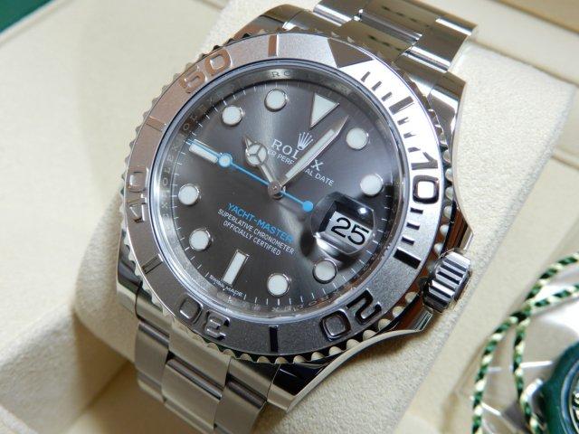 new arrival df854 9058c ロレックス ヨットマスター 40 ダークロジウム 未使用同然 - 腕時計専門店THE-TICKEN(ティッケン) オンラインショップ
