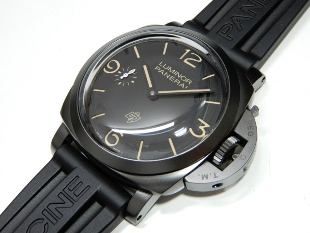 パネライ ルミノール1950 3デイズ 47mm チタニオDLC PAM00617