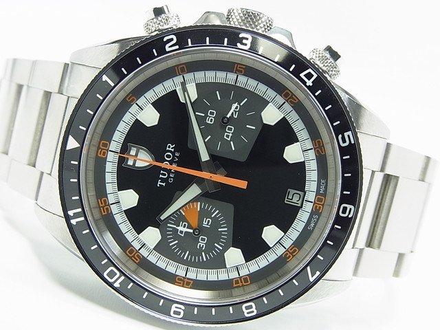 チュードル ヘリテージ クロノ ブラック×グレー Ref.70330N