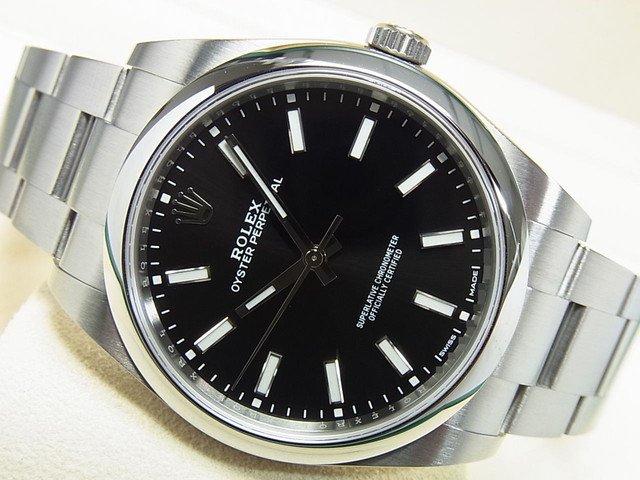 ロレックス オイスターパーペチュアル39 114300 黒バー '18年購入