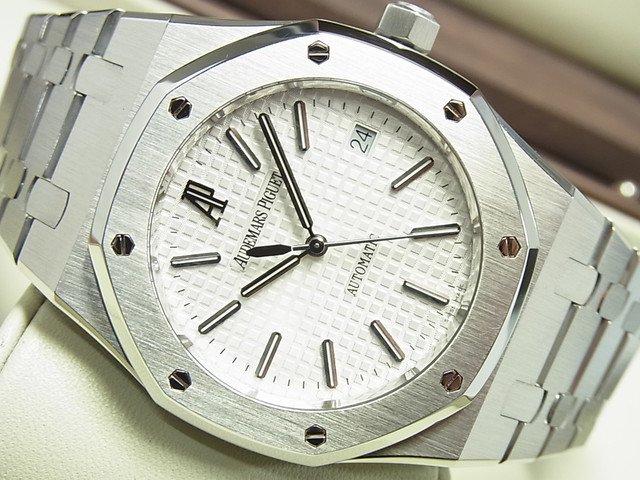 quality design fa6f6 2706f オーデマ・ピゲ ロイヤルオーク 39MM シルバー文字盤 15300ST - 腕時計専門店THE-TICKEN(ティッケン) オンラインショップ