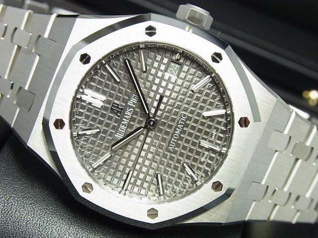 オーデマ・ピゲ ロイヤルオーク・37MM ルテニウムグレー 15450ST