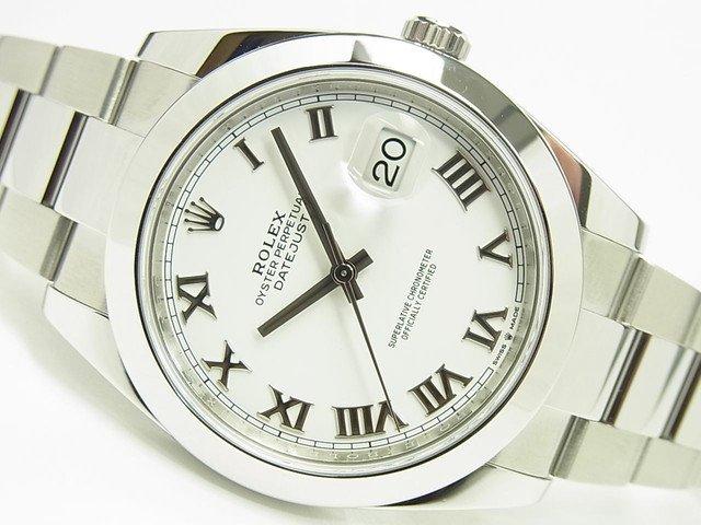 ロレックス デイトジャスト41 ホワイトローマ Ref.126300 '19年購入