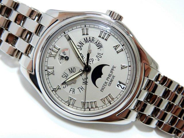 パテック・フィリップ アニュアルカレンダー ホワイトゴールド 5036/1G-017
