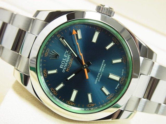 ロレックス ミルガウス グリーンガラス Zブルー 116400GV '18年