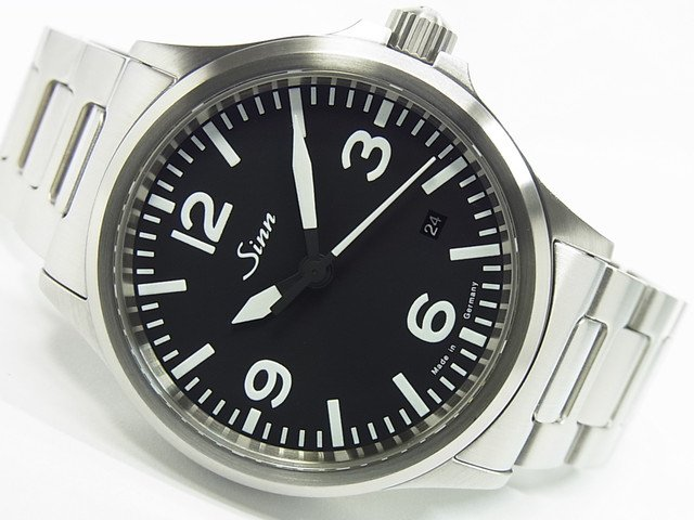 ジン 556.A ブラック文字盤 ブレス 正規品