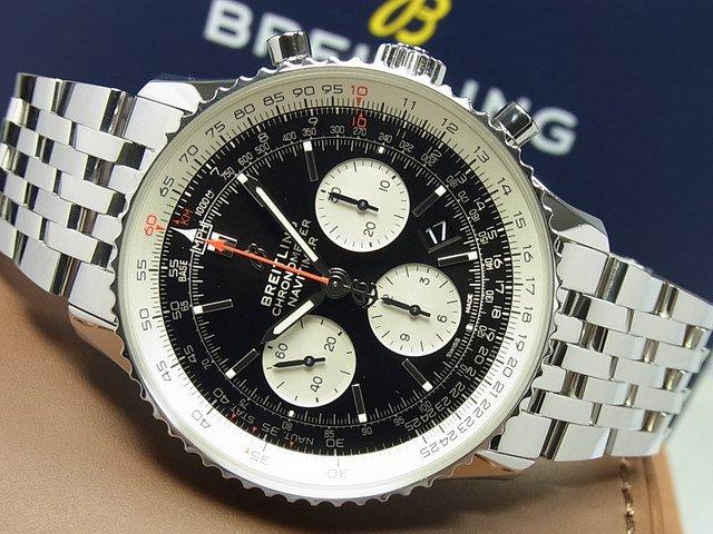 ブライトリング ナビタイマー1 B01 ブラック文字盤 ブレス AB0121