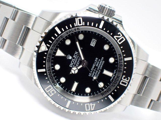 ロレックス ディープシー ブラック 116660 ランダム '18年購入