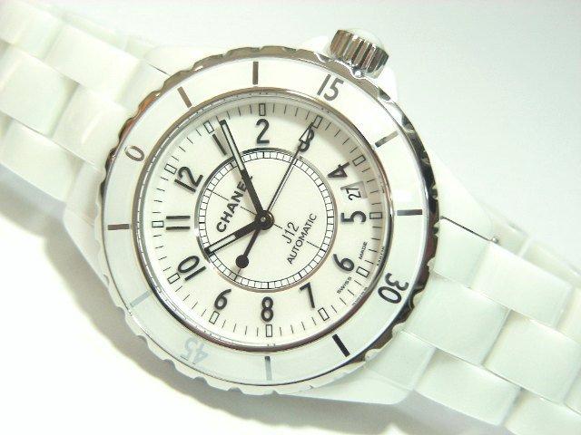 a354a691615f シャネル J12 メンズ 白セラミック H0970 - 腕時計専門店THE-TICKEN(ティッケン) オンラインショップ
