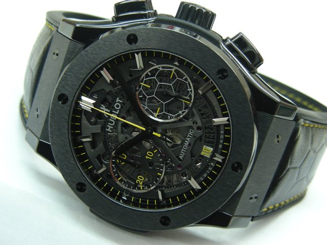 super popular 0ee9a 1bab2 ウブロ クラシック・フュージョン クロノグラフ ペレ - 腕時計 ...