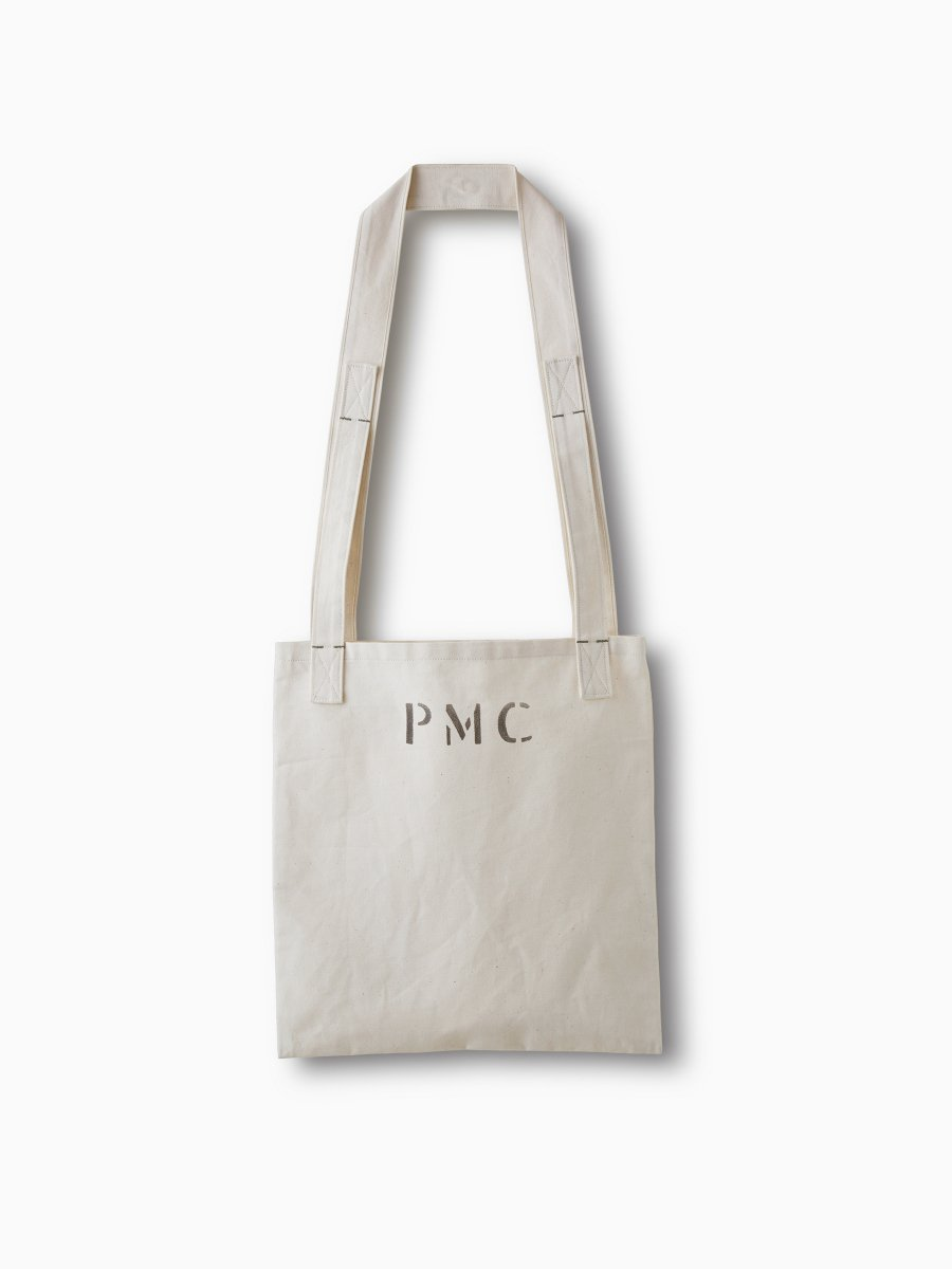 BRAND : PHIGVEL <br>MODEL : MAGAZINE BAG <br>COLOR : NATURAL