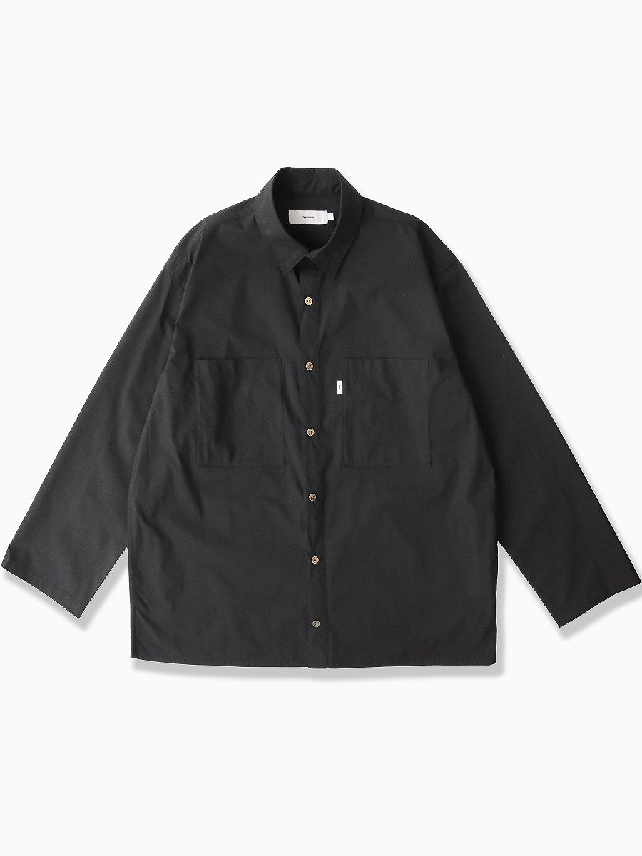 BRAND : Graphpaper<br>MODEL : STRETCH TYPEWRITER L/S BOX SHIRT<br>COLOR : BLACK
