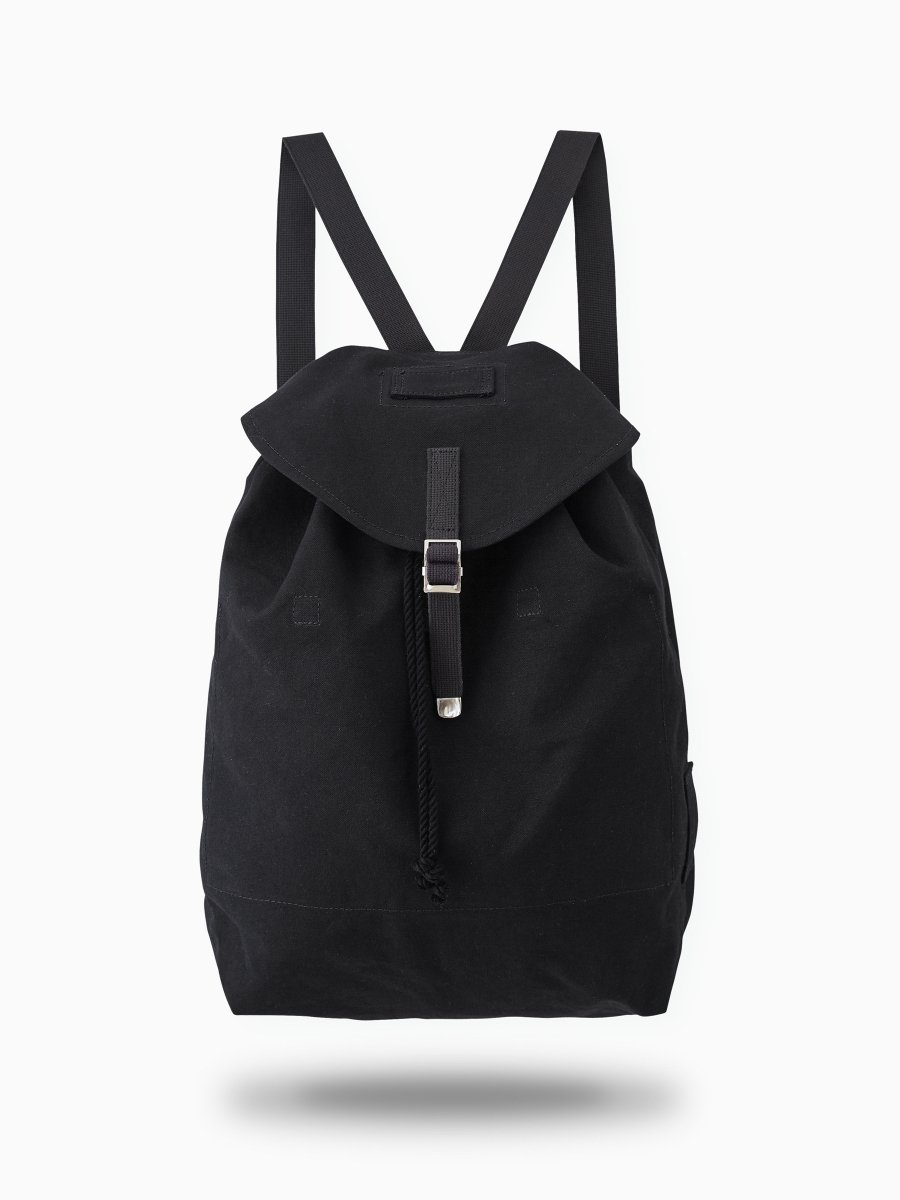 <img class='new_mark_img1' src='//img.shop-pro.jp/img/new/icons20.gif' style='border:none;display:inline;margin:0px;padding:0px;width:auto;' />BRAND : PHIGVEL<br>MODEL : MIL BACKPACK<br>COLOR : BLACK