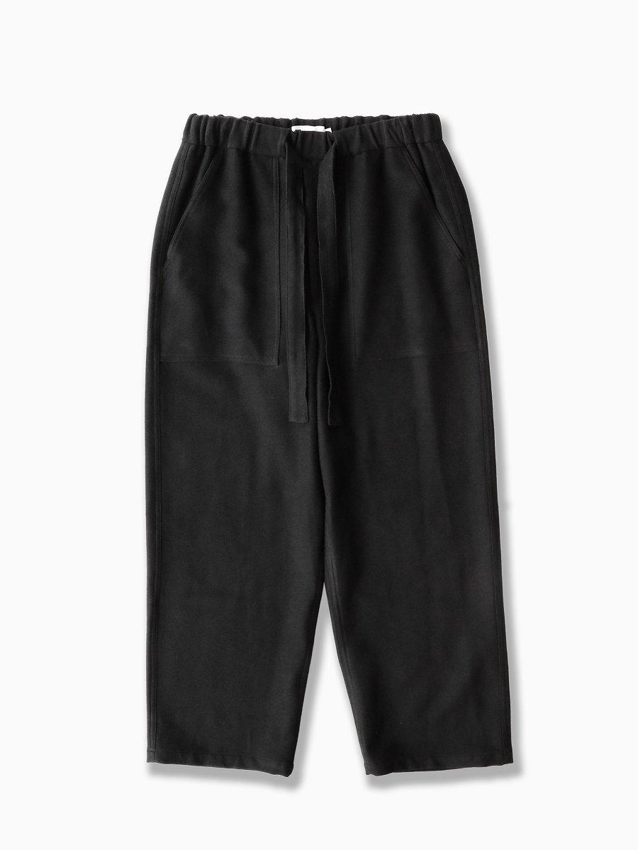 BRAND : Graphpaper<br>MODEL : MOLESKIN BAKER PANTS<br>COLOR : BLACK