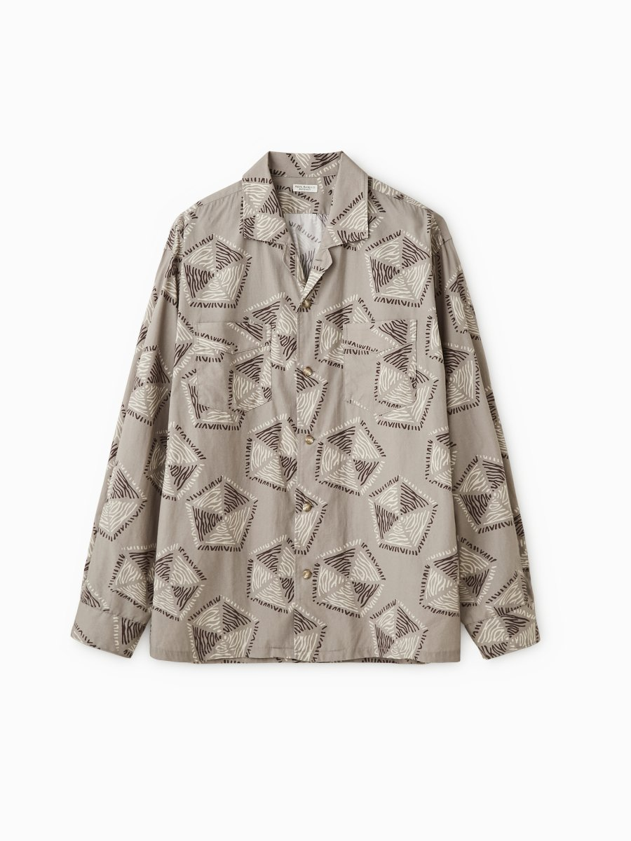 BRAND : PHIGVEL<br>MODEL : AFRICAN PATTERN LS SHIRT<br>COLOR : TAUPE GRAY