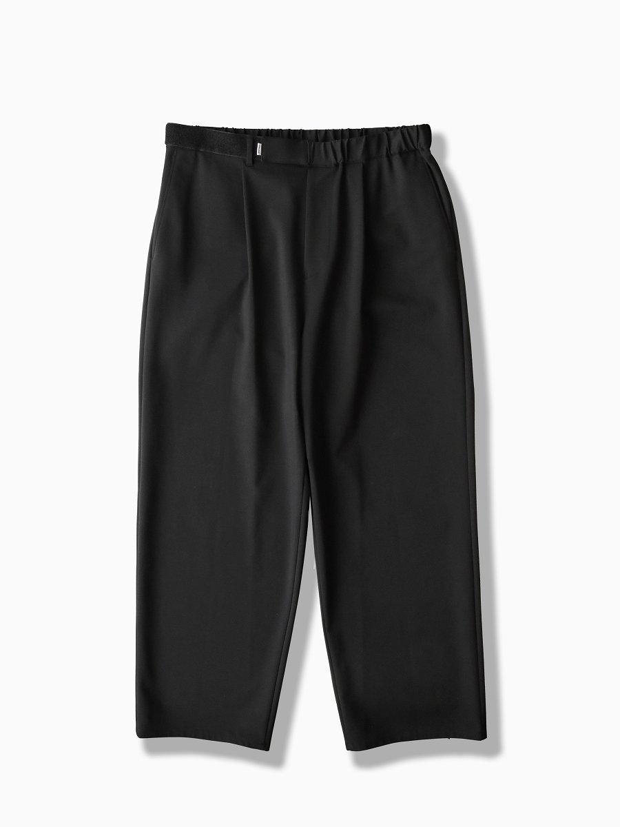 BRAND : Graphpaper<br>MODEL : COMPACT PONTE WIDE CHEF PANT<br>COLOR : BLACK