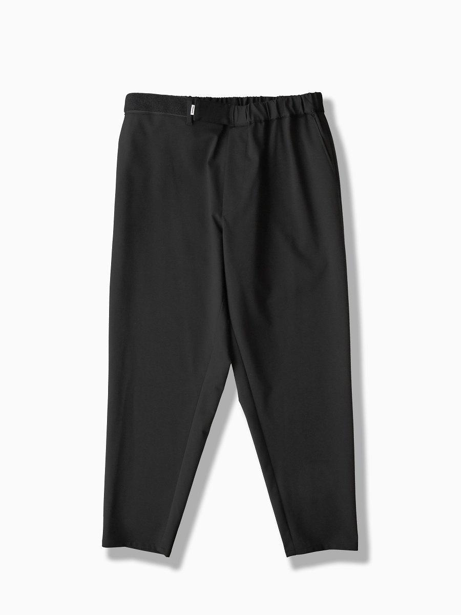 BRAND : Graphpaper<br>MODEL : COMPACT PONTE CHEF PANT<br>COLOR : BLACK