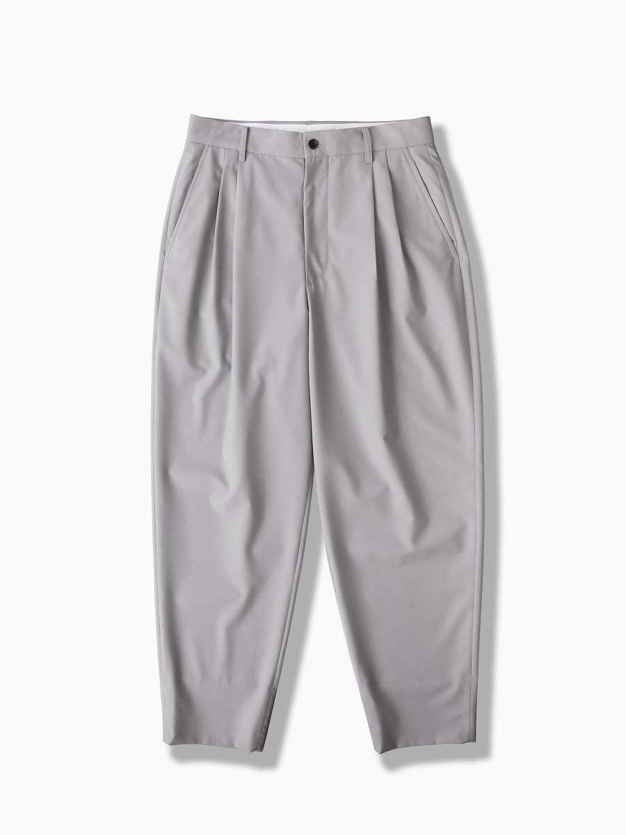 BRAND : Graphpaper<br>MODEL : FINE WOOL TROPICAL PANTS<br>COLOR : L.GRAY