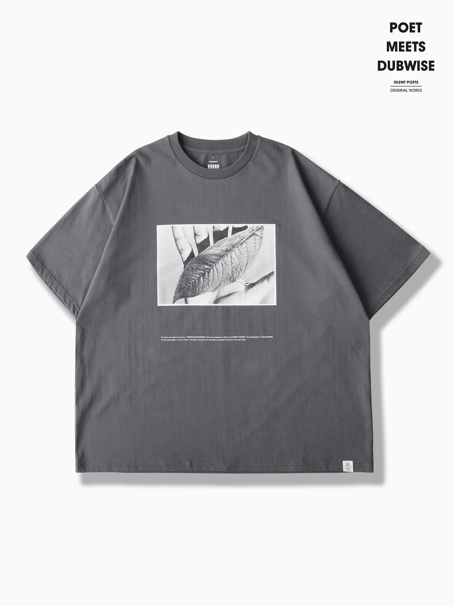 BRAND : Graphpaper<br>MODEL : Poet Meets Dubwise for OVERSIZED TEE