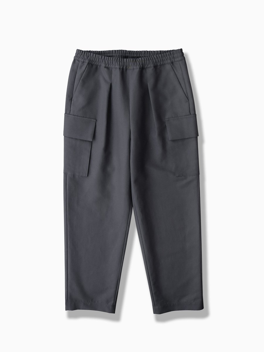 BRAND : Graphpaper<br>MODEL : DOUBLE PLAIN WEAVE EASY MILITRARY PANTS<br>COLOR : C.GRAY