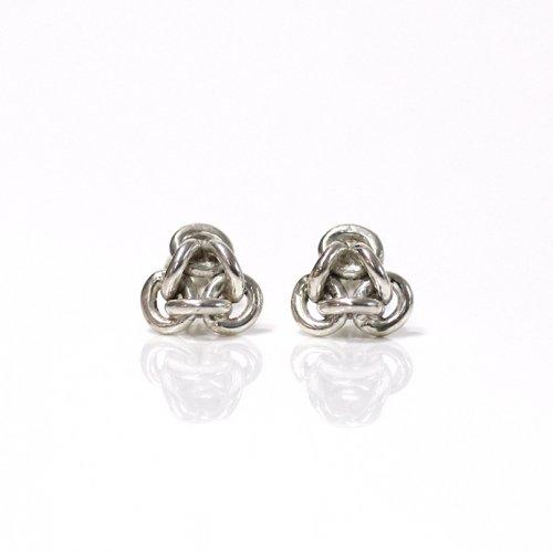 Perche?(ペルケ) / silver loop triangle チェーンピアス 3 - トライアングル (片耳タイプ)