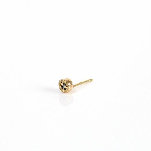 【廃番商品】hirondelle et pepin(イロンデールエペパン) / k18 hp-566-18s ブルーダイヤ ピアス (片耳タイプ)