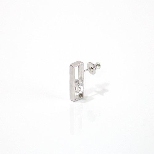 revie objects(レヴィオブジェクツ) / IN2-01 〈INSIDE〉 Quartz Earring S インサイド クォーツピアス S (片方タイプ)