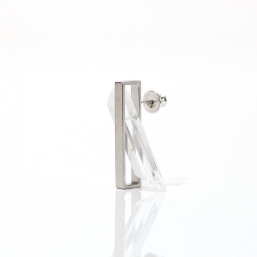 revie objects / 旧 Rice revie objects/ 旧 Rice/ IN2-03〈INSIDE〉Quartz Earring L インサイド クォーツピアス L(片方タイプ)