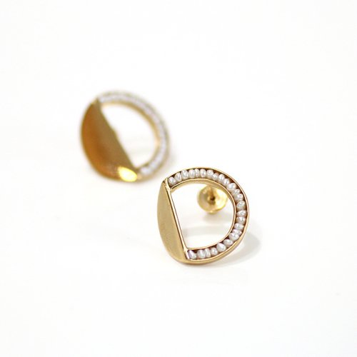 revie objects(レヴィオブジェクツ) / BR2-02 〈BREAK〉 ●pearl earring ブレイク マルパール ピアス