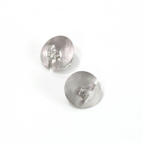 revie objects(レヴィオブジェクツ) / ZI2-03 ●zipper ear clip Quartz マル ジッパーイヤリング - クォーツ
