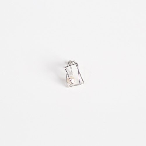 MINIMUMNUTS(ミニマムナッツ) / silver MN-eic015sv ice cube イヤリング L - パール (片耳タイプ)